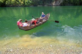 Албания. Озеро Коман